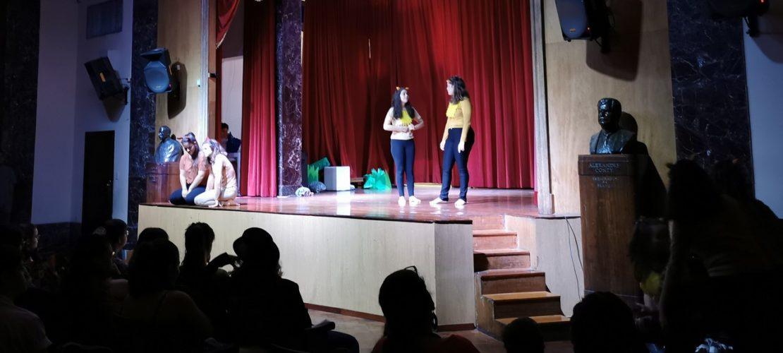 Apresentação de Teatro – E.M.